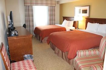 Room, 2 Queen Beds, Non Smoking (Exterior)