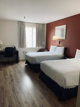 Superior Room, 2 Double Beds, Non Smoking (Business)