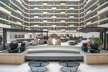西雅圖塔科瑪國際機場希爾頓大使套房飯店 Embassy Suites by Hilton Seattle Tacoma International Airport