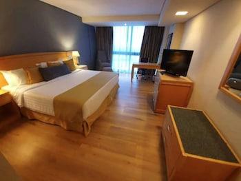 Room, 1 King Bed, Non Smoking (Smoking and Non-Smoking)