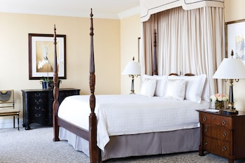 Presidential Suite, 1 King Bed (South)
