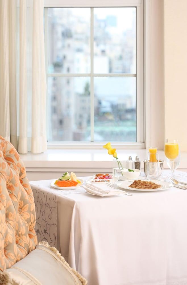 더 피어, 타지 호텔, 뉴욕(The Pierre, A Taj Hotel, New York) Hotel Image 13 - Guestroom