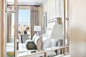 Deluxe King Room Manhattan View