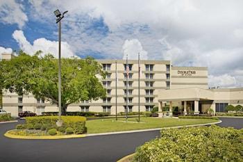 東奧蘭多 - UCF 大學區希爾頓逸林飯店 DoubleTree by Hilton Hotel Orlando East - UCF Area