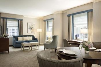 Luxury Suite, 1 Bedroom, City View, Corner