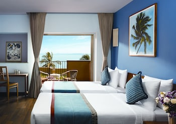 Superior Room, 2 Twin Beds, Sea View