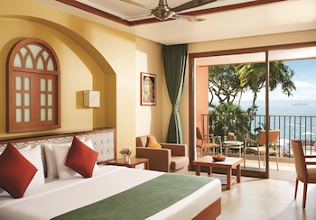 Classic Room, 1 King Bed, Sea View
