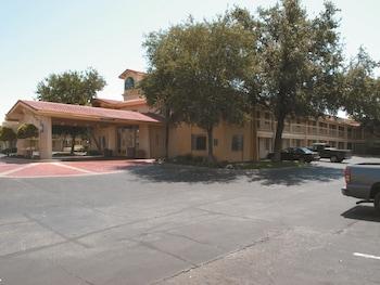 聖安東尼奧萬斯傑克遜拉昆塔套房飯店