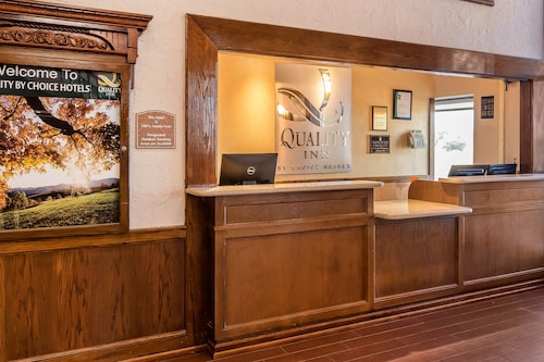 Quality Inn, Wood