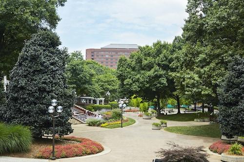 . Renaissance Atlanta Waverly Hotel & Convention Center