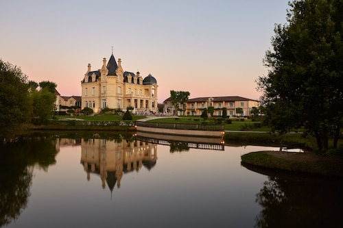 __{offers.Best_flights}__ Chateau Hotel & Spa Grand Barrail