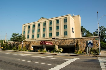 Ramada Bayside - Queens Conference Center