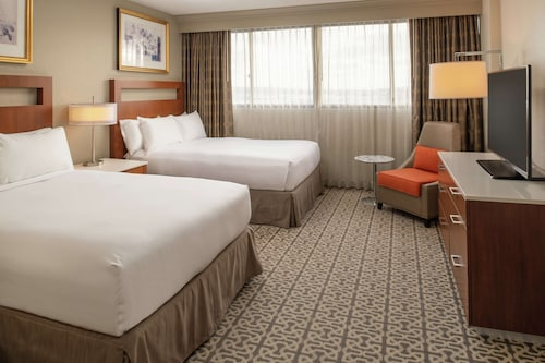 . DoubleTree Suites by Hilton Seattle Airport - Southcenter