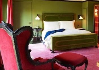 Premier Room, 1 King Bed, Park View