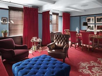 Luxury Suite, Park View