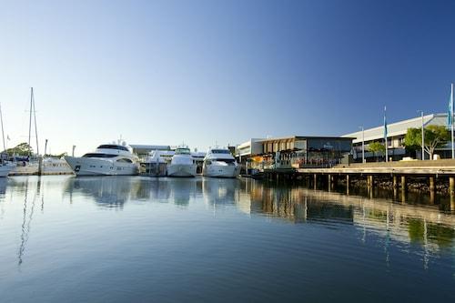 InterContinental Sanctuary Cove Resort, Hope Island