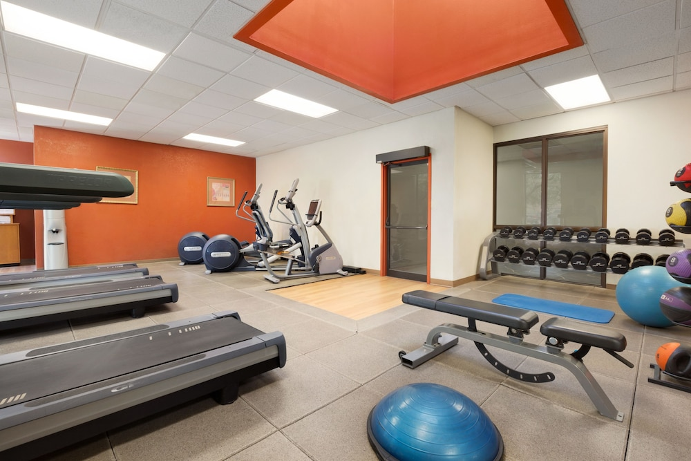힐튼 포트콜린스(Hilton Fort Collins) Hotel Image 26 - Fitness Facility