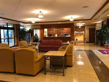 凱隆飯店及會議中心 Clarion Hotel & Conference Center