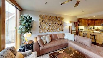Luxury Condo, 3 Bedrooms (Platinum)