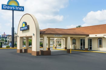 Hotel - Days Inn by Wyndham Statesville