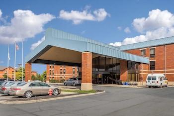 Hotel - Comfort Inn Cleveland Airport
