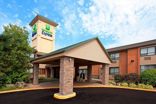 . Holiday Inn Express Toronto East - Scarborough, an IHG Hotel