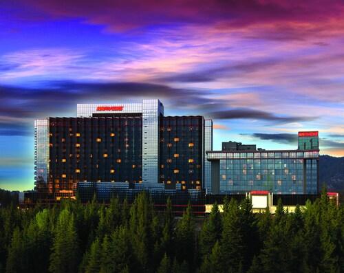 . Harveys Resort & Casino