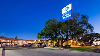 Hotel - Best Western Arizonian Inn