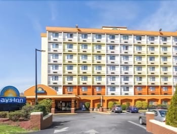 Hotel - Days Inn by Wyndham Chester Philadelphia Airport
