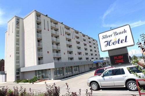 . Silver Beach Hotel