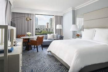 Deluxe Room, Accessible, City View