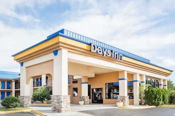 Hotel - Days Inn by Wyndham Hendersonville