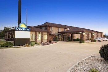 Hotel - Days Inn by Wyndham Oglesby/ Starved Rock