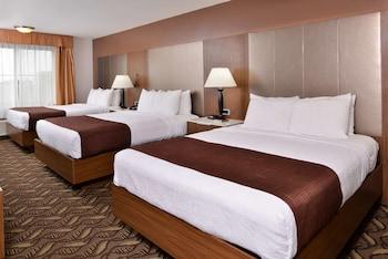 Standard Room, 2 Queen Beds, Non Smoking, Refrigerator & Microwave (Oversized Room)
