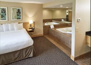 Junior Suite, 1 King Bed, Non Smoking (Jacuzzi)