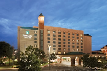 Embassy Suites by Hilton Montgomery - Hotel & Conference Center