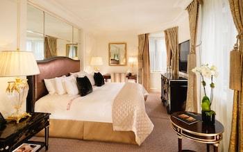 Suite (Mayfair)