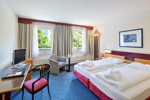 . Austria Trend Hotel Lassalle