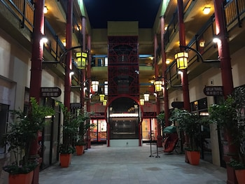 Hotel - Best Western Plus Dragon Gate Inn