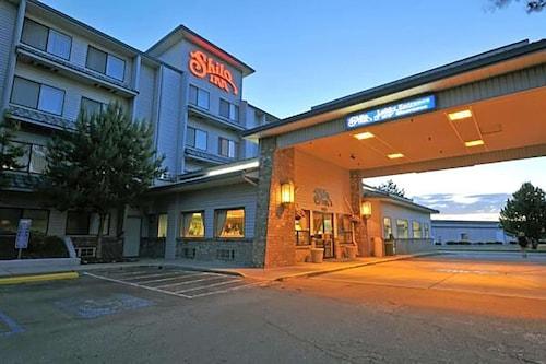 . Shilo Inn Suites Hotel - Nampa Suites - Idaho