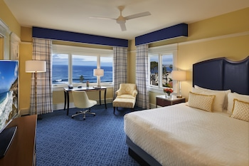 Superior Room, 1 King Bed, Ocean View (Grande Ocean View King)