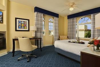 Room, 1 King Bed, Kitchen (Sleeps 2)
