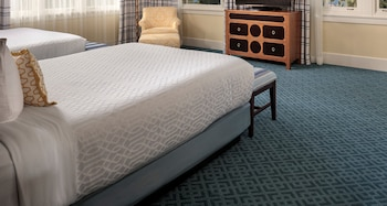 Deluxe Room, 2 Queen Beds (Grande Queen/Queen)