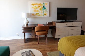 Guestroom at Town and Country San Diego in San Diego