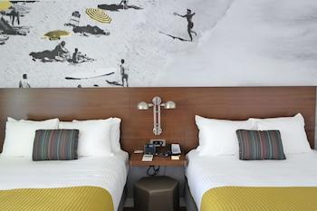 Room, 2 Double Beds (Garden, ADA)