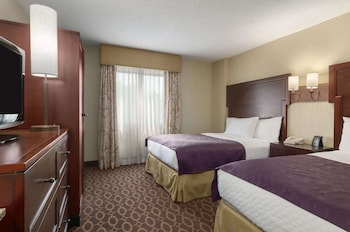 Suite, 1 King Bed, Non Smoking (Parlor)