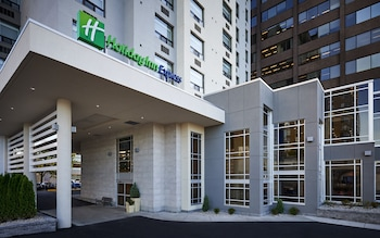 Hotel - Holiday Inn Express Windsor Waterfront