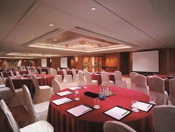カオルーン シャングリ・ラ 香港 (九竜香格里拉大酒店)