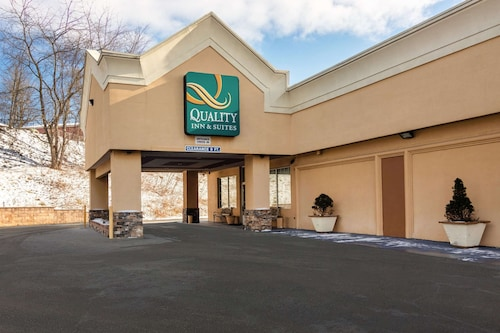 . Quality Inn & Suites