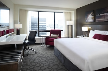 Club Room, 1 King Bed, Non Smoking (High floor)
